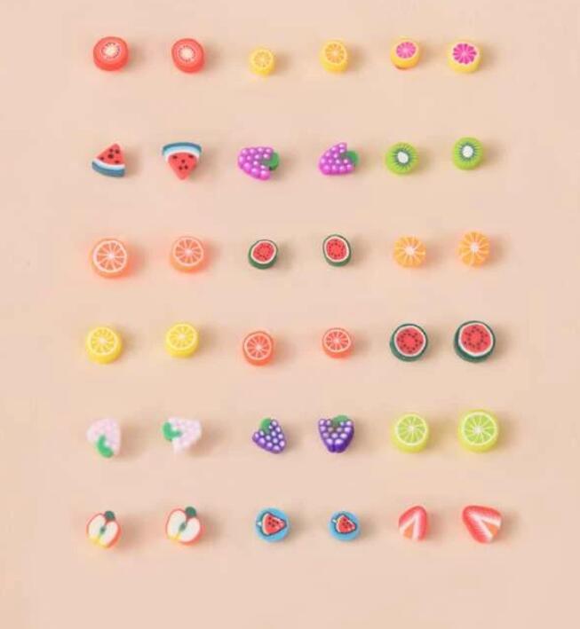 brincos de plastico